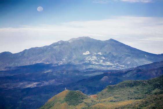 Tierras Altas Mountains with moon view close to Corazon del Cielo
